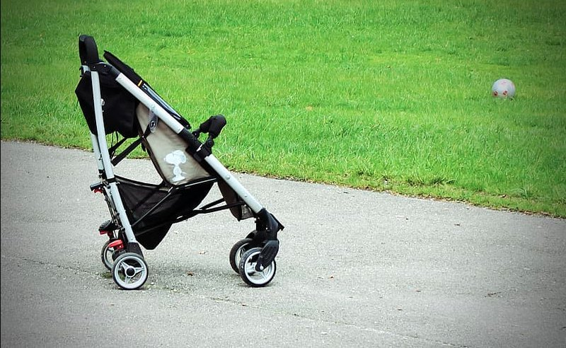 What is the Best Stroller for Air Travel in 2021?