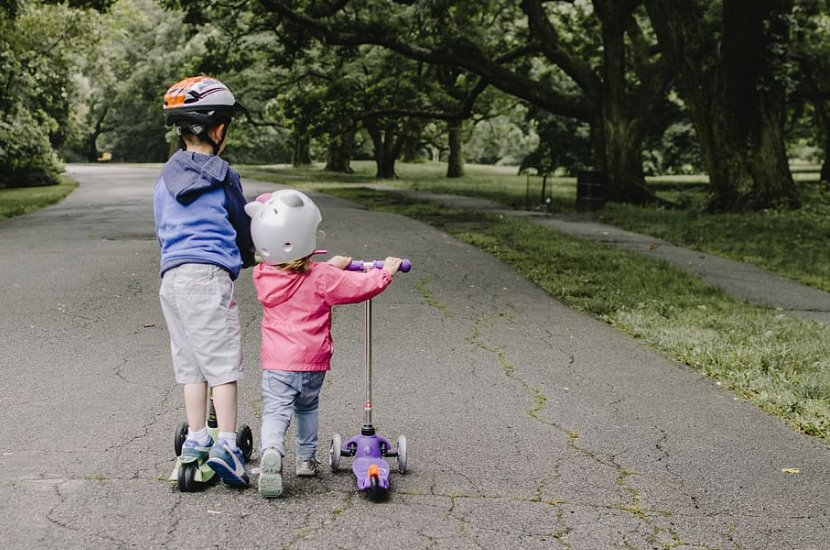 Complete Buying Guide in Finding the Best Scooter for Kids