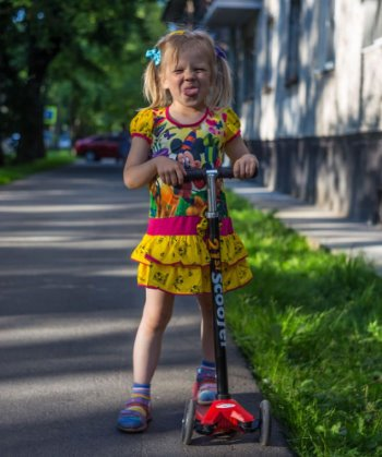 Best Scooter for 6 Year Old Buyer's Guide